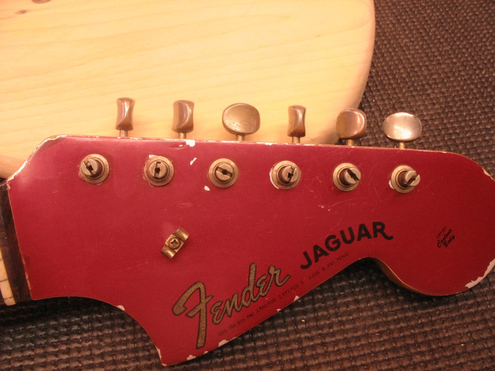 Fender Jaguar maalaus (1/6)