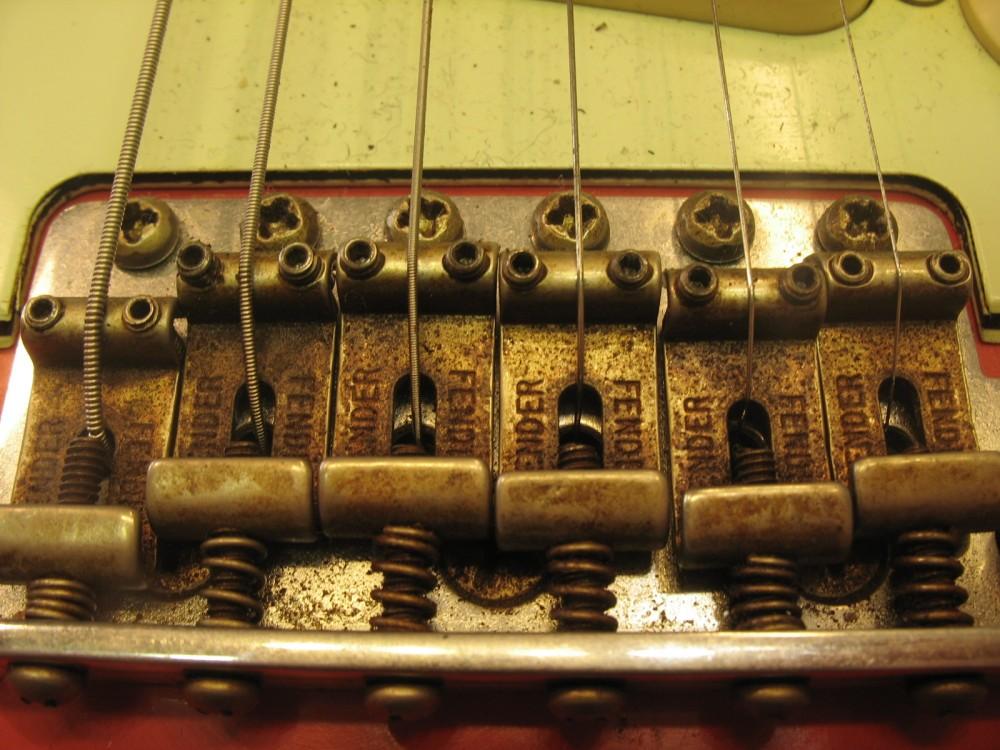 Soitinten tyyppivikoja: Fender Custom Shop Relic Stratocaster (2/5)